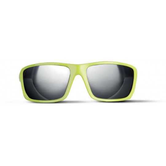 Óculos de sol com design desportivo