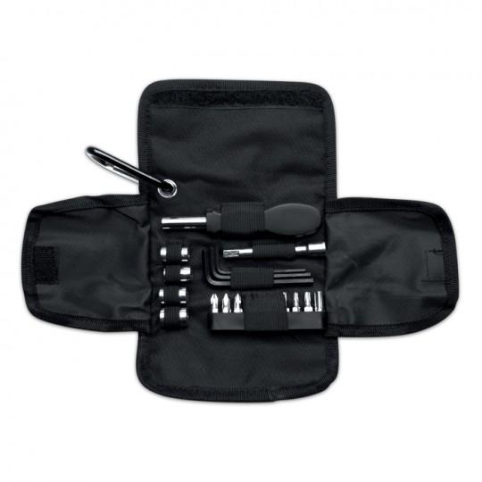 Conjunto de ferramentas em bolsa