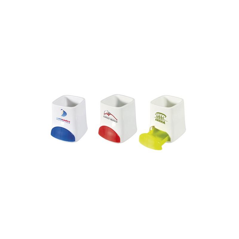 Porta-esferográficas com clips